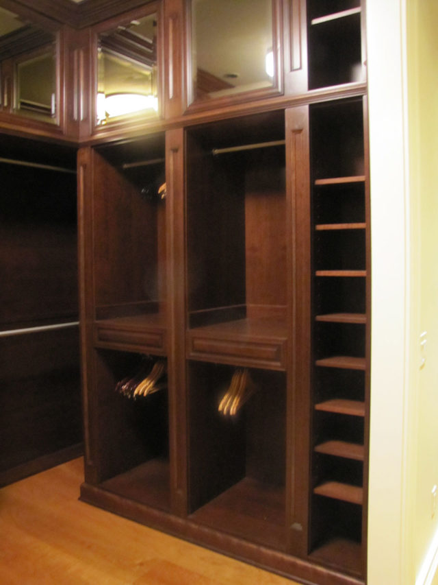 Mahogany Stained Wood Walk-In Closet Fluted Columns